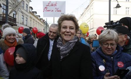 Prezydent Łodzi Hanna Zdanowska zapowiedziała, że samorządowcy, którym PiS zablokuje start, powinni mieć plan B, wedle którego wypromują swoich kandydatów,