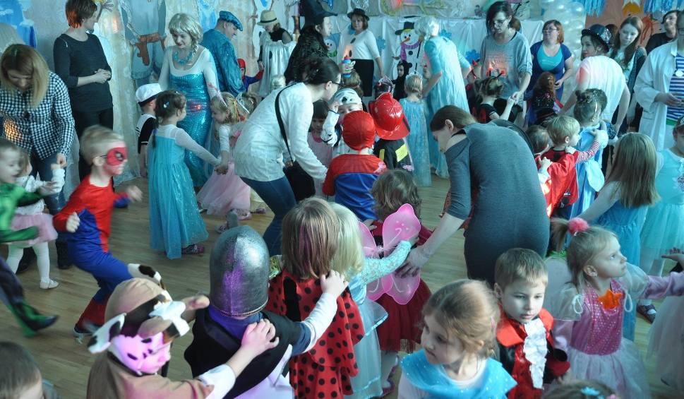 """Film do artykułu: """"Odlotowy"""" bal karnawałowy w Kubusiowym Przedszkolu w Skarżysku"""