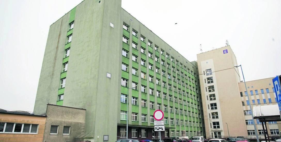 Prokuratura Okręgowa w Słupsku na podstawie opinii biegłych z prywatnej szczecińskiej firmy w komercjalizacji szpitala nie dopatrzyła się działań o charakterze