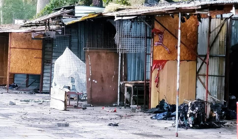 Film do artykułu: Pożar pawilonów handlowych w Świnoujściu [ZDJĘCIA]