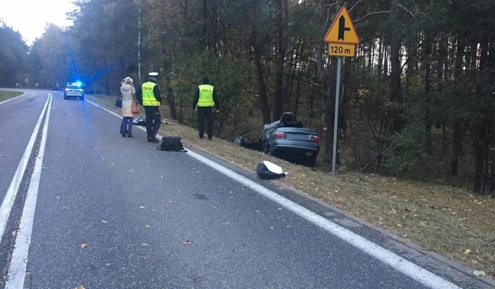 Film do artykułu: Wypadek na drodze wojewódzkiej Ostrołęka-Ostrów za Czerwinem. Zginał 26-latek