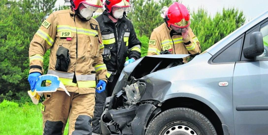 Do wypadku doszło na łuku ulicy Bohaterów Westerplatte w Skierniewicach