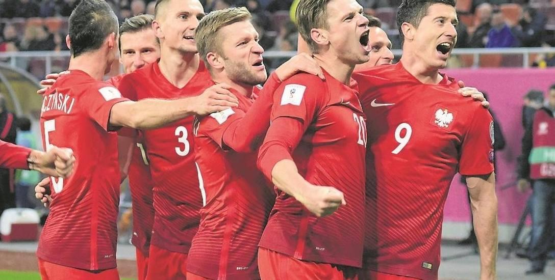 Polacy ograli w ramach eliminacji mistrzostw świata Rumunię 3:0, w dodatku na wyjeździe. Ten mecz naszej reprezentacji został uznany za najlepszy w świetnym