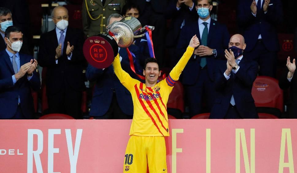 Film do artykułu: Transfery. Messi zmienia zdanie, Ultimatum dla Neymara i niepewna przyszłość Mbappe, Bayern musi szukać nowego trenera. Czterech kandydatów