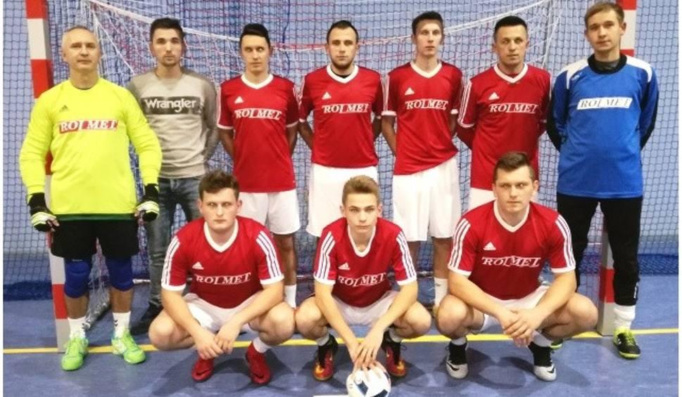 Film do artykułu: Grała Powiatowa Liga Futsalu w Kazimierzy Wielkiej. Promil wciąż na prowadzeniu