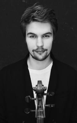Antoni Majewski - bydgoszczanin, wiolonczelista, student Uniwersytetu Muzycznego Fryderyka Chopina w Warszawie