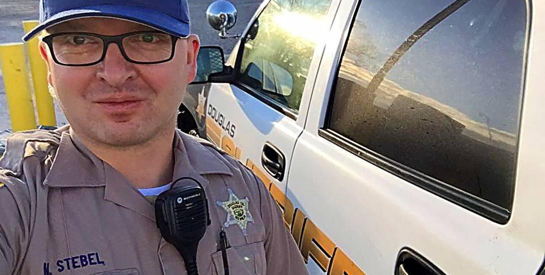 Pochodzący ze Zgierza Maciej Stebel pracuje na stanowisku Deputy Sheriff w miasteczku Gardenville koło gór Sierra Nevada