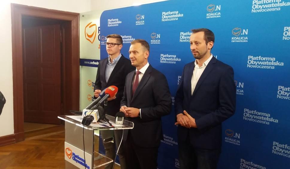 Film do artykułu: Wybory samorządowe 2018: Sławomir Nitras czuje się jak piłkarz i namawiam Piotra Krzystka do współpracy z Koalicją