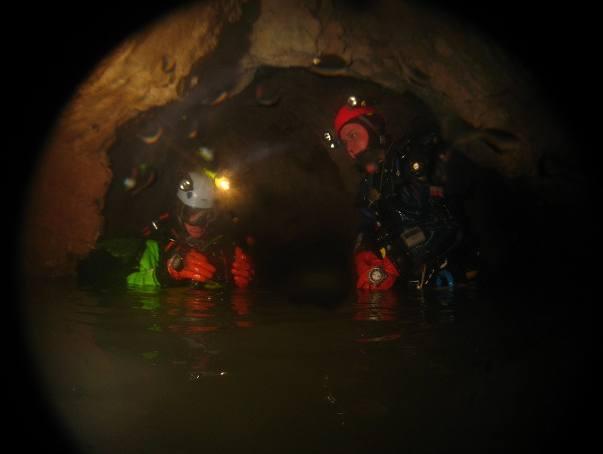 """Tatry: Trwa akcja ratunkowa w Jaskini Wielkiej Śnieżnej. """"Nie ma kontaktu z zaginionymi"""""""