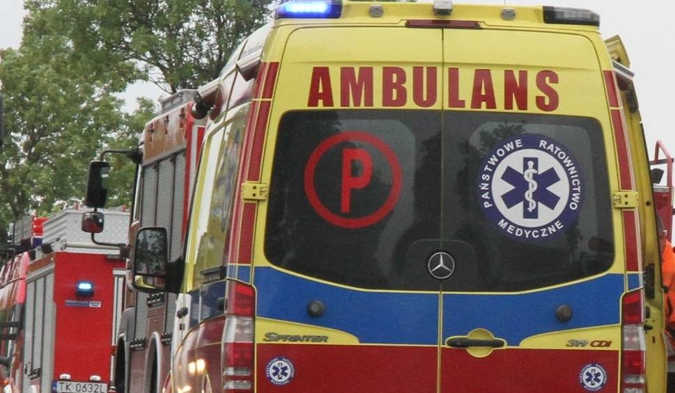 Film do artykułu: Kobieta potrącona na pasach w Kielcach trafiła do szpitala