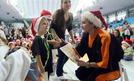 W lubelskiej hali MOSiR dzieci bawiły się na Turnieju Mikołajkowym Taekwon-Do