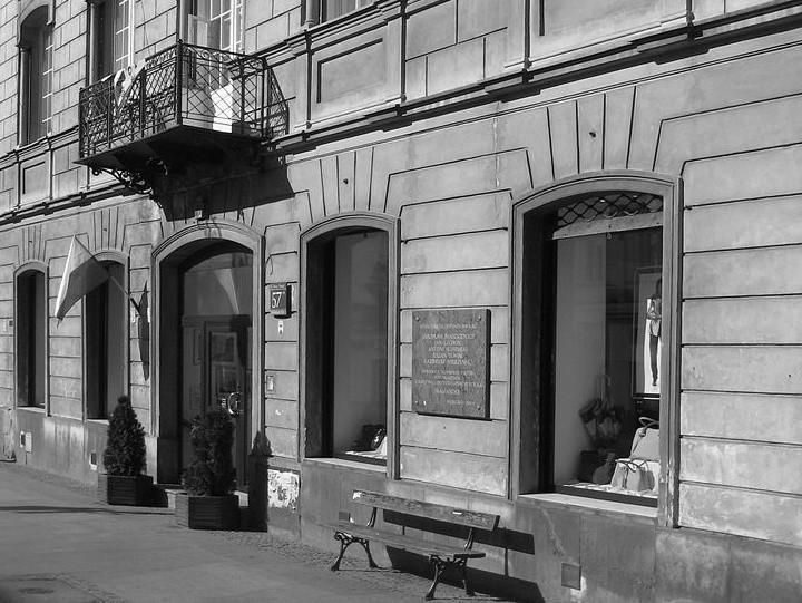 Kamienica przy ul. Nowy Świat 57 w Warszawie