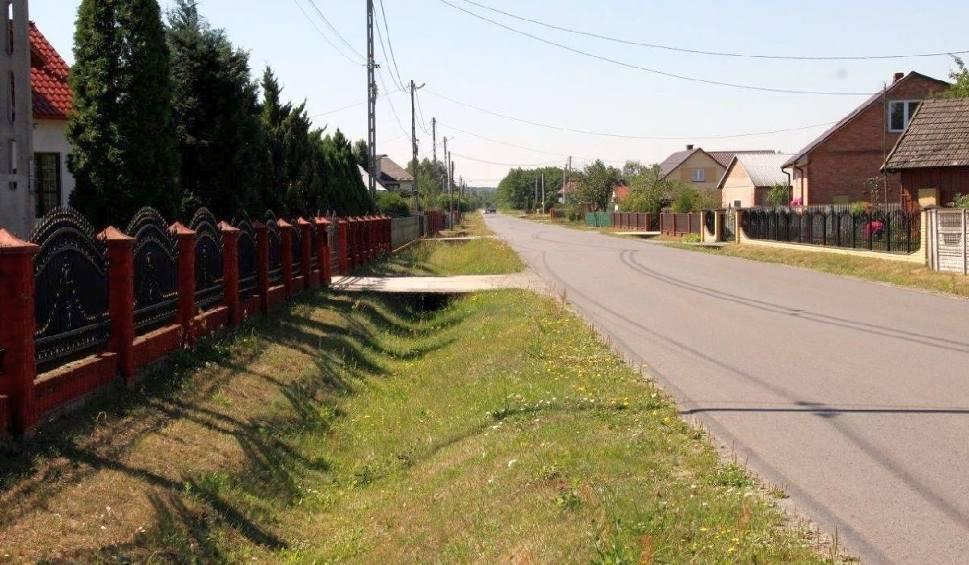 Film do artykułu: Wybudują chodnik dla Krzywd i drogę dla Kamionki