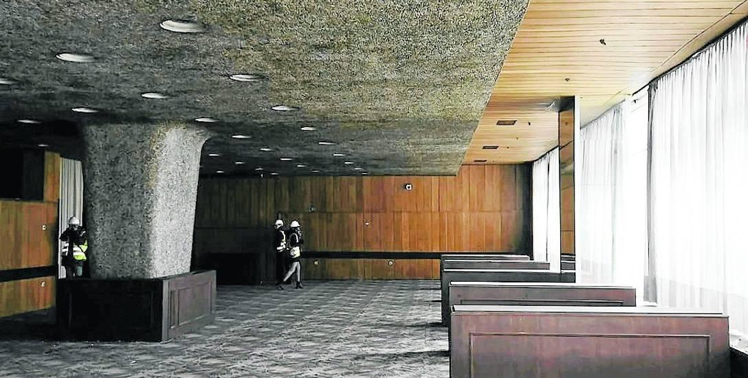 Restauracja hotelu Silesia mogła pomieścić 240 gości. Tu odbywały się niezapomniane bale