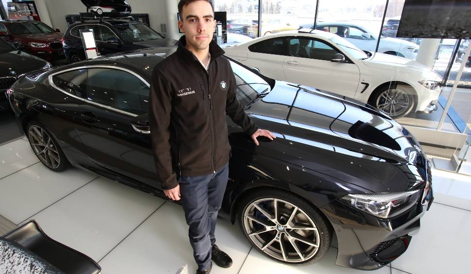 Film do artykułu: BMW The 8 - luksus, który musi w nas budzić szalone emocje. Niesamowite auto w Kielcach. Zobacz jak wygląda (ZDJĘCIA)
