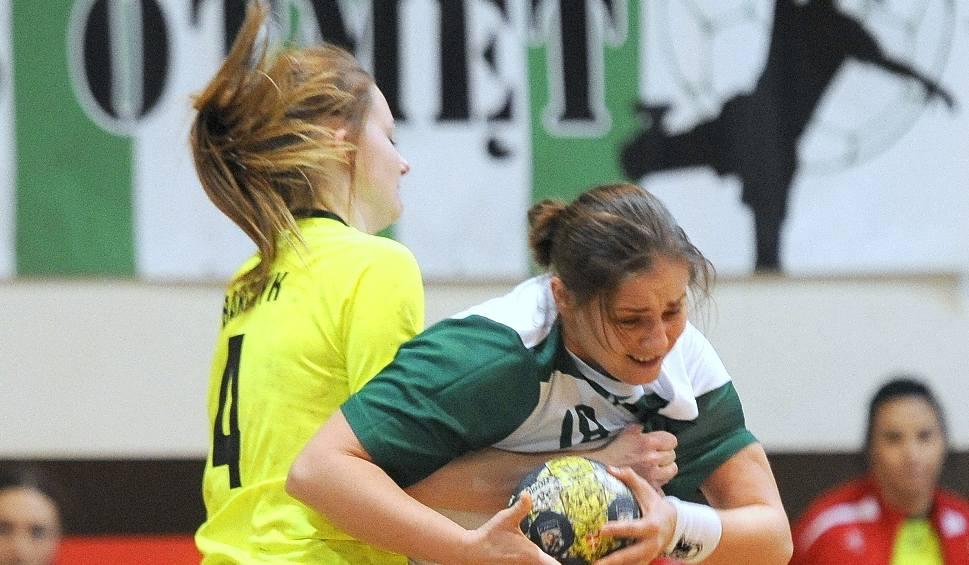 Film do artykułu: 1 liga piłki ręcznej kobiet. Otmętowi Krapkowice nie udało się sprawić kolejnej niespodzianki
