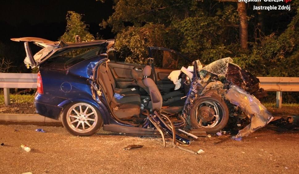 Film do artykułu: Groźny wypadek w Jastrzębiu. 18-latka walczy o życie, sprawca zbiegł
