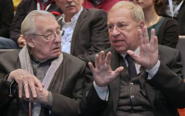 Andrzej Wajda i Jerzy Stuhr.  Zdjęcie z 2012 roku.