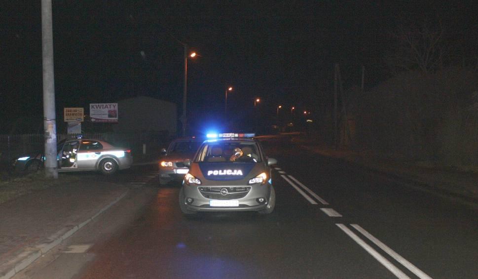 Film do artykułu: Dwikozy. Pijany kierowca bmw staranował radiowóz