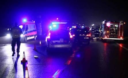 Wypadek na obwodnicy Zambrowa. Dwie osoby ranne. Utrudnienia w ruchu mogą trwać jeszcze kilka godzin. Zdjęcie ilustracyjne