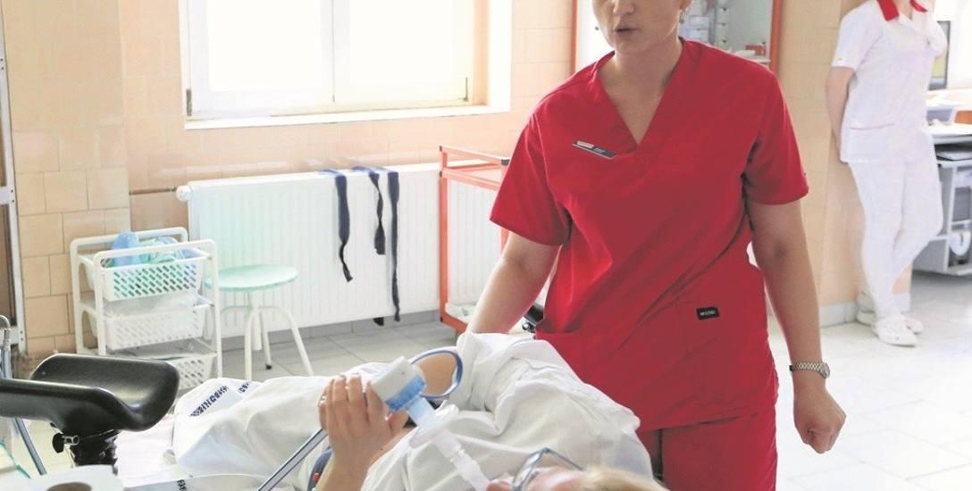 W szpitalach w Szczecinie oferowane są także różne sposoby łagodzenia bólu, np. gaz rozweselający. Mieszanka podtlenku azotu i tlenu uspokaja i sprawia,