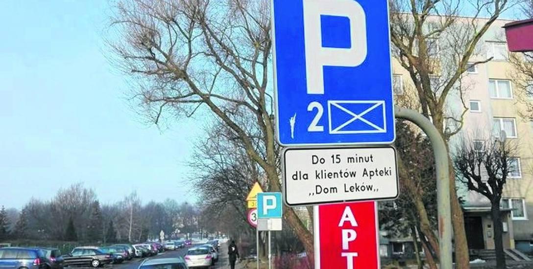 Apteka przy ul. Władysława IV może wyznaczyć miejsca dla klientów.