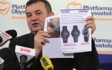 Stanisław Gawłowski przekonuje, że zegarki, które miały być łapówką są inne niż te, które nosi...