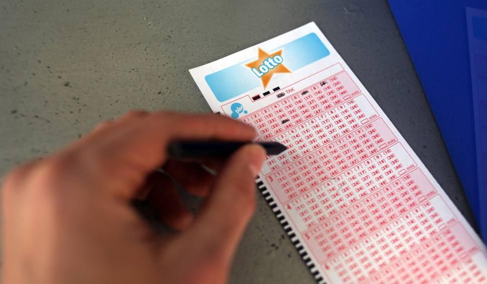 Film do artykułu: Wyniki Lotto z 25.04.2017 [Lotto, Lotto Plus, MiniLotto, MultiMulti, Kaskada]
