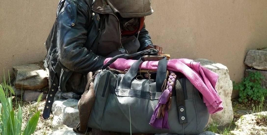 W tym roku Białystok da 600 tys. zł mniej na bezdomnych. A stać się nim może każdy