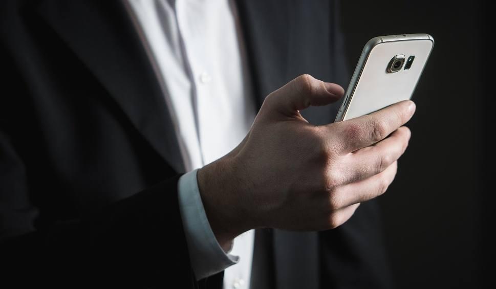 Film do artykułu: Uwaga! Możesz stracić wszystkie pieniądze! Przestępcy masowo wysyłają SMS-y do Polaków