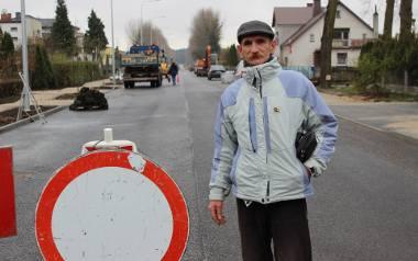 Aleksander Gorgolik urodził się na ul. Świerczewskiego, teraz mieszka... na Mieszka. - Nie tylko nazwa się zmieniła - cieszy się.