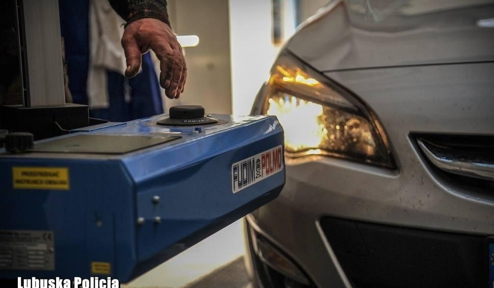 Film do artykułu: Być widocznym i widzieć. Teraz możesz za darmo sprawdzić światła w swoim samochodzie!