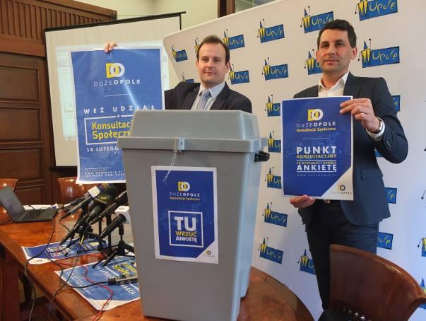 Od poniedziałku urny mają być dostępne w blisko 130 miejscach w Opolu (np. budynki urzędu, szkoły), a już od niedzieli będzie można głosować w internecie