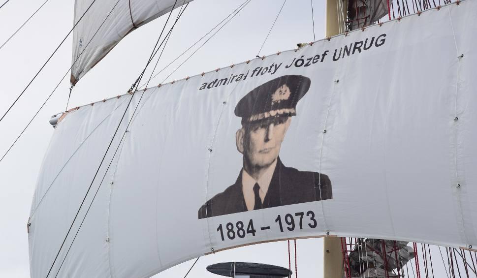 Film do artykułu: Uroczystości pogrzebowe dowódcy Obrony Wybrzeża w 1939 roku na Zatoce Gdańskiej