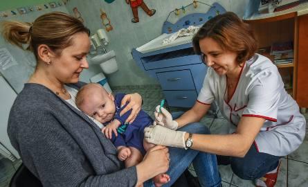 Nieszczepione dziecko ma prawo do leczenia
