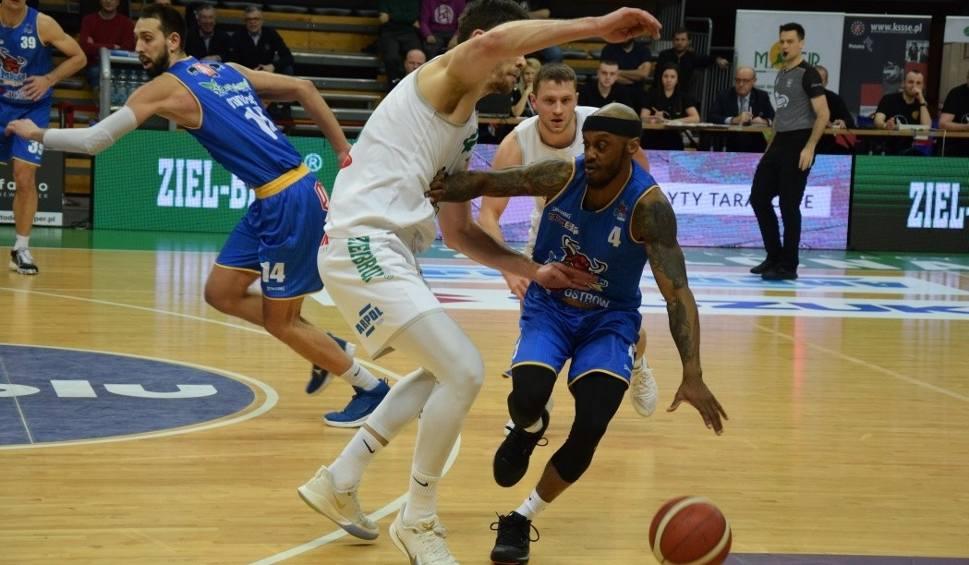 Film do artykułu: Pewna wygrana koszykarzy Stelmetu Enei BC, ale z lekkimi kłopotami [ZDJĘCIA]