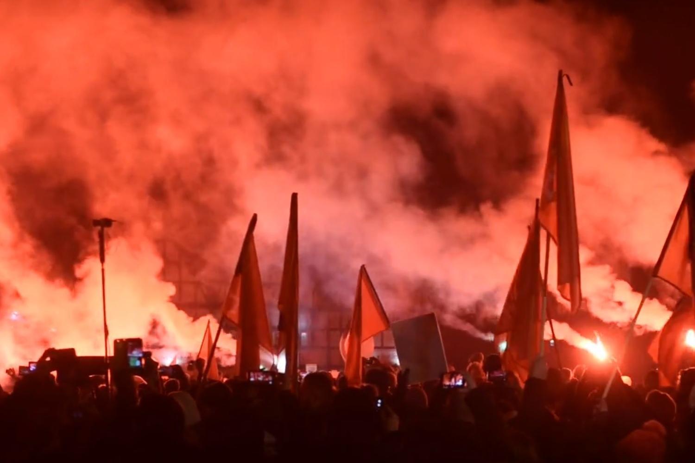 Kibice Lechii oddali hołd prezydentowi Gdańska [wideo]