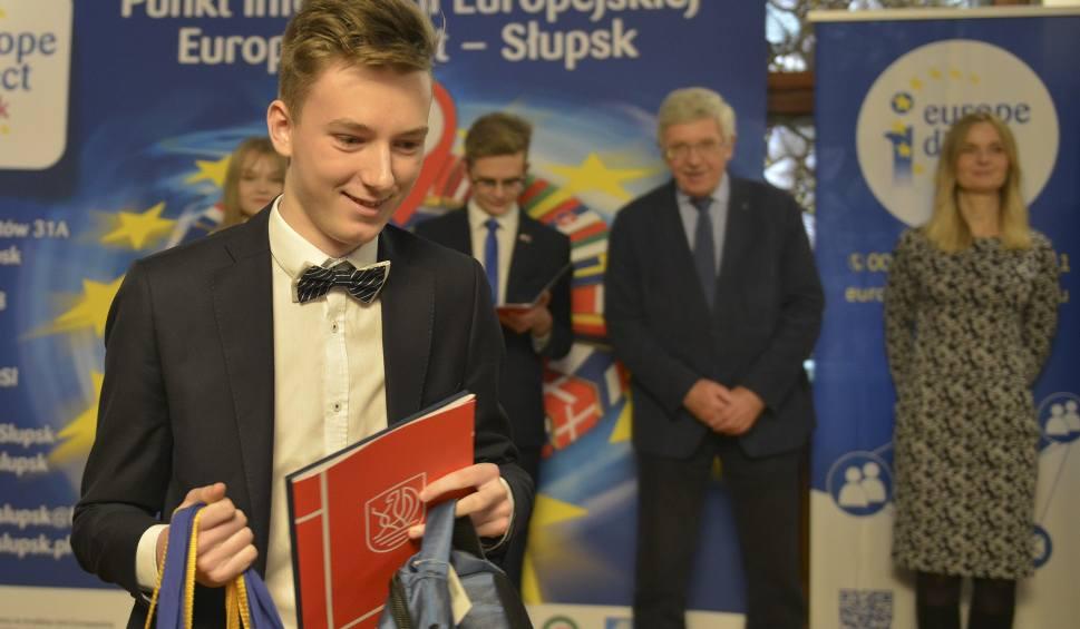 Film do artykułu: XV Gala Ogólnopolskiej Olimpiady Wiedzy o Unii Europejskiej (wideo, zdjęcia)