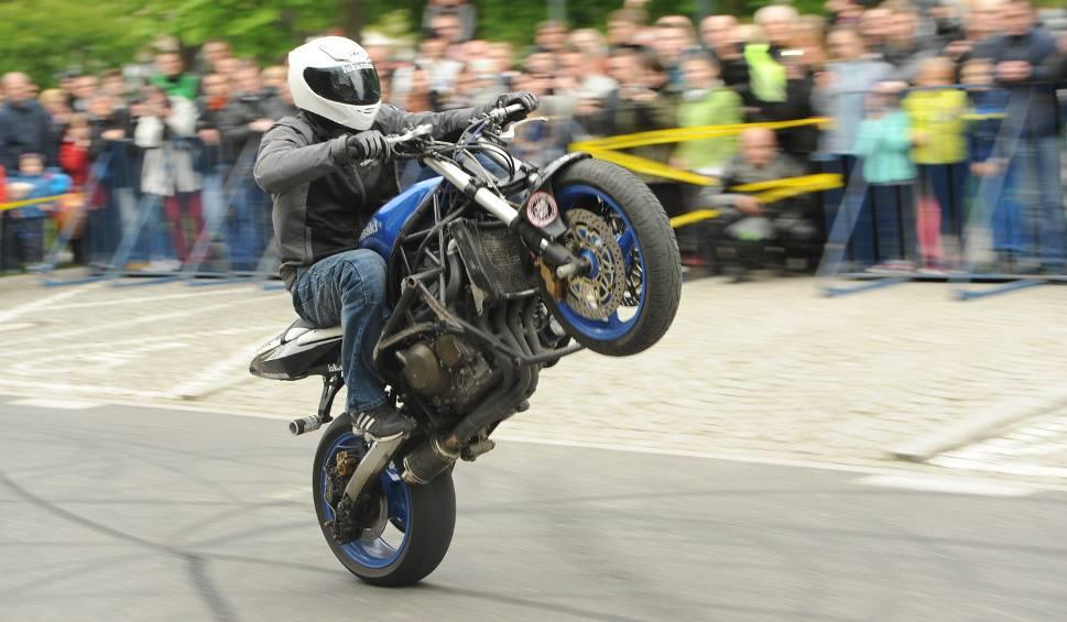 Film do artykułu: IX Radomska Wiosna Motocyklowa 2016. Miłośnicy mocnych maszyn opanowali ulice Radomia