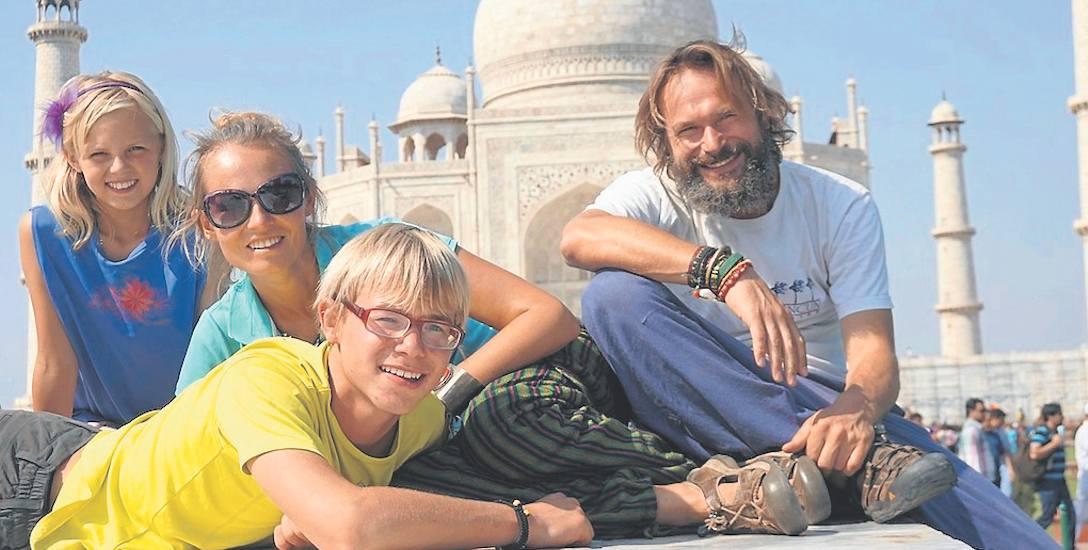"""""""Zabrałam brata dookoła świata"""" to lektura obowiązkowa dla wszystkich miłośników podróży, i nie tylko"""