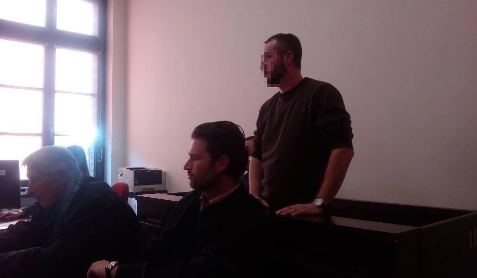 Film do artykułu: Rozpoczął się proces dwóch policjantów oskarżonych o pobicie w Fordonie