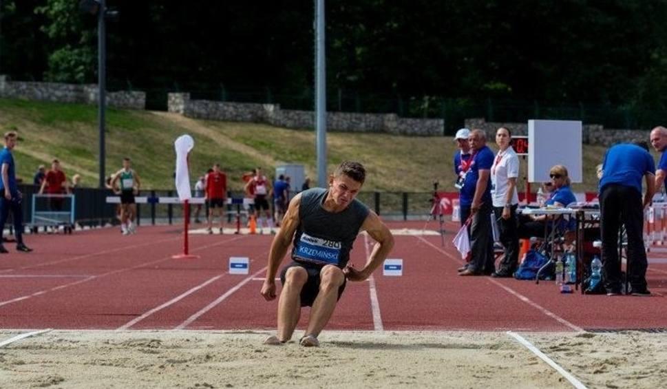Film do artykułu: Bardzo dobry występ lekkoatletów ZTE Radom na mistrzostwach Polski juniorów do lat 20 w Raciborzu
