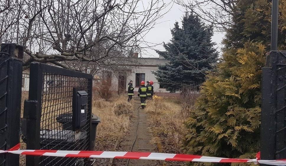 Film do artykułu: Tragedia w Starachowicach. Kobieta straciła życie w pożarze
