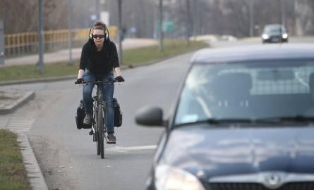 Rower i słuchawki to niebezpieczeństwo na drodze