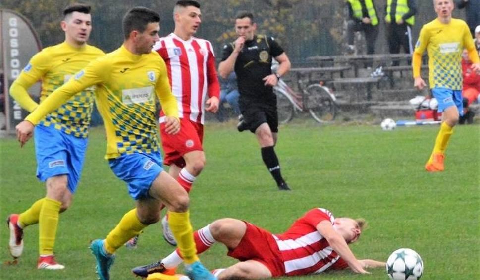 Film do artykułu: Trzecia liga. Spartakus Daleszyce przegrał z Sołą Oświęcim 0:1. Znowu zawiodła skuteczność  [ZDJĘCIA]
