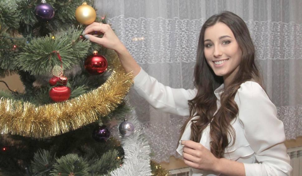 Film do artykułu: Święta Bożego Narodzenia w domu Pauliny Maziarz, Miss Polski 2016