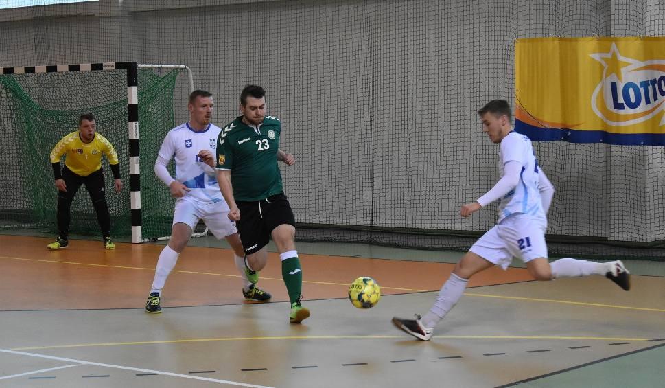 Film do artykułu: Futsaliści z czternastu uczelni walczą w Kielcach [DUŻO ZDJĘĆ]