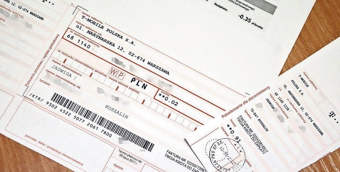 Na przyniesionych przez panią Jadwigę fakturach widać kwoty do zapłaty: 91 groszy i 2 grosze. Stan konta z poprzedniego okresu rozliczeniowego wskazuje