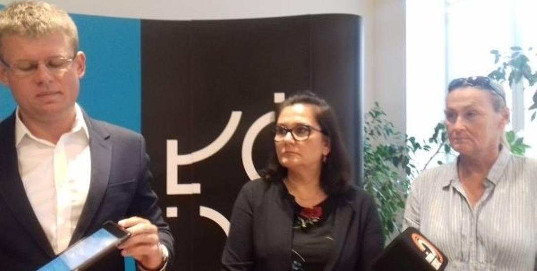 Adam Wieczorek, przewodniczący Komisji Ochrony Zdrowia i Opieki Społecznej Rady Miejskiej, Katarzyna Tręda-Pisera, rzecznik ds. Osób Niepełnosprawnych