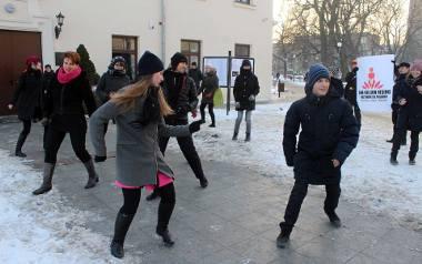 One Billion Rising w Lublinie. Taniec przeciwko przemocy (ZDJĘCIA)